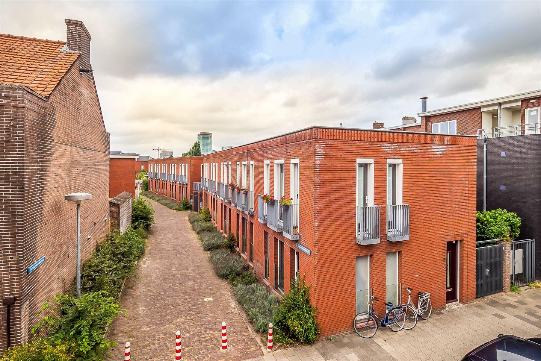 Bekijk foto 1 van Schaarsbeekstraat 17