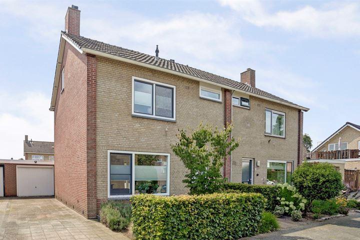 Ravelstraat 4