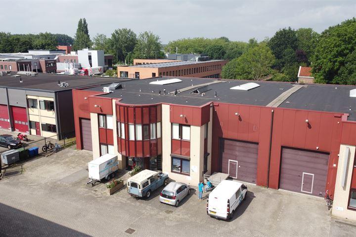 Calandstraat 24 en 24a, Dordrecht