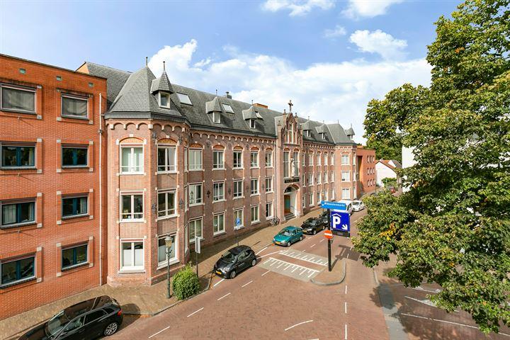 Sint Andriesstraat 31