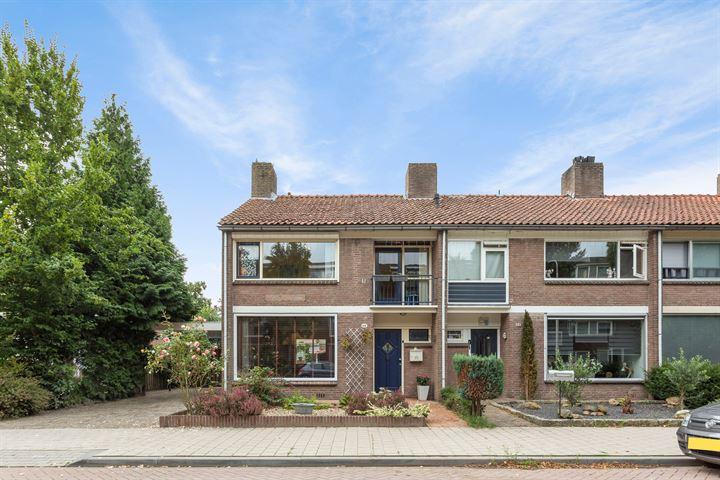 Albertus Magnusstraat 64
