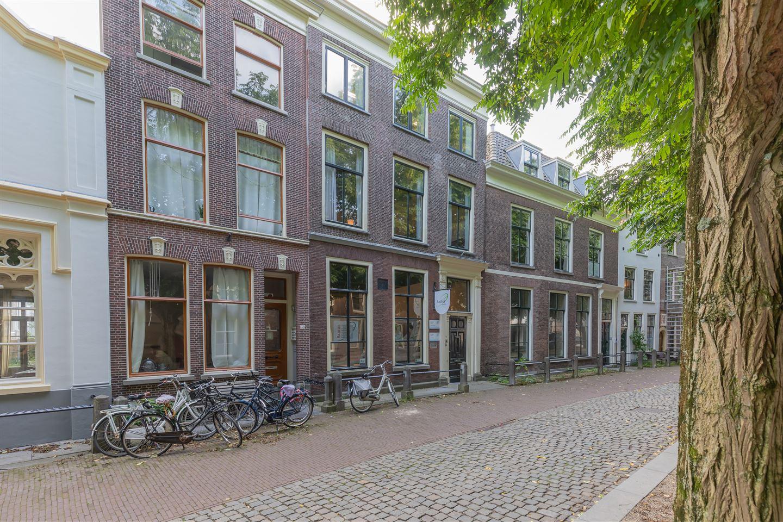 Bekijk foto 2 van Hooglandse Kerkgracht 32