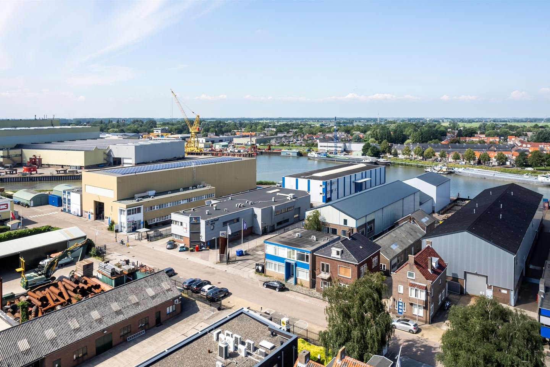 Bekijk foto 2 van Industrieweg 67-71