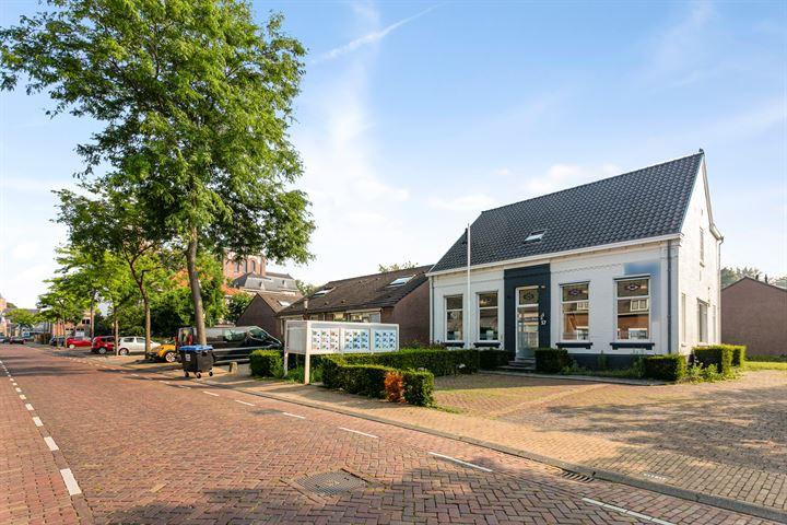 Dorpsstraat 57, Halsteren