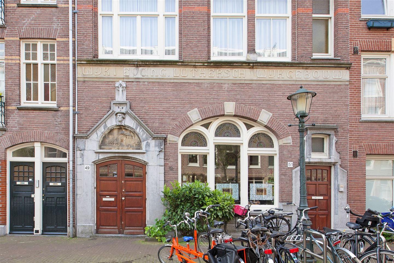 Bekijk foto 1 van Van Boetzelaerstraat 49