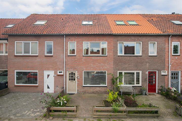 Bergen op Zoomstraat 151