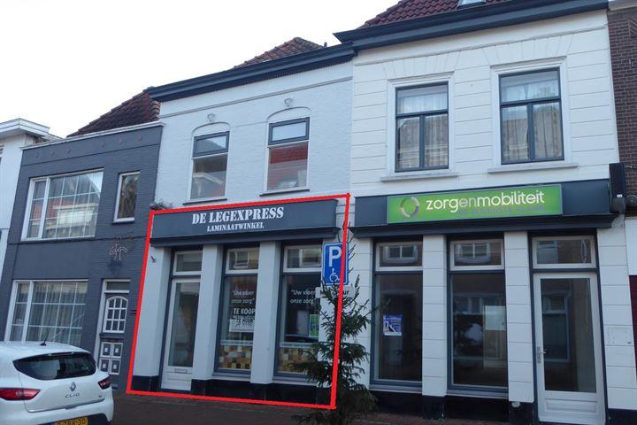 Grote Kerkstraat 8, Steenbergen (NB)