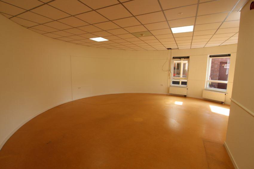 Bekijk foto 5 van Erasmusplein 2