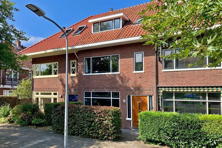 H.J. Koenenstraat 18