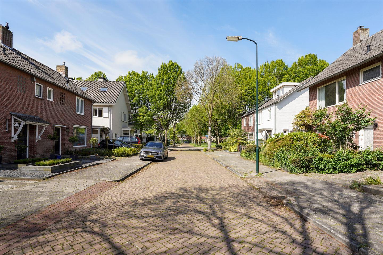 Bekijk foto 3 van Mr. van Sonstraat 10