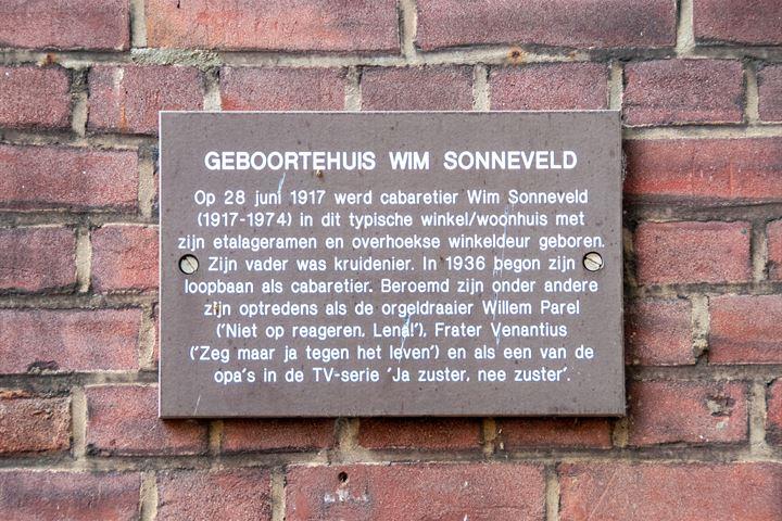 Jan Pieterszoon Coenstraat 84 84 bis