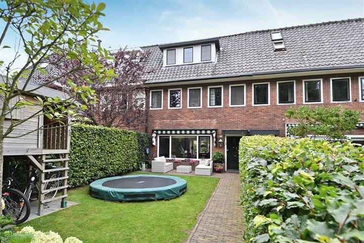 J.H. van 't Hoffweg 23