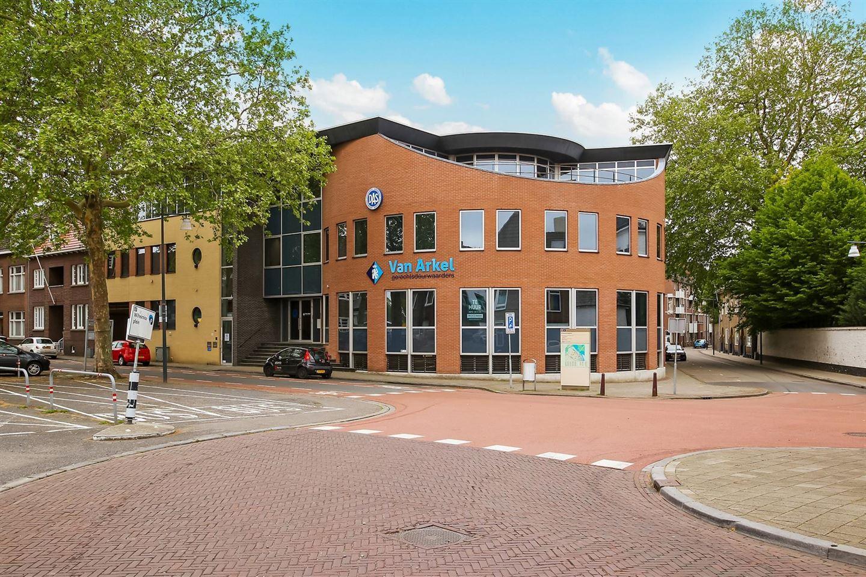 Bekijk foto 1 van Wilhelminaplein 26