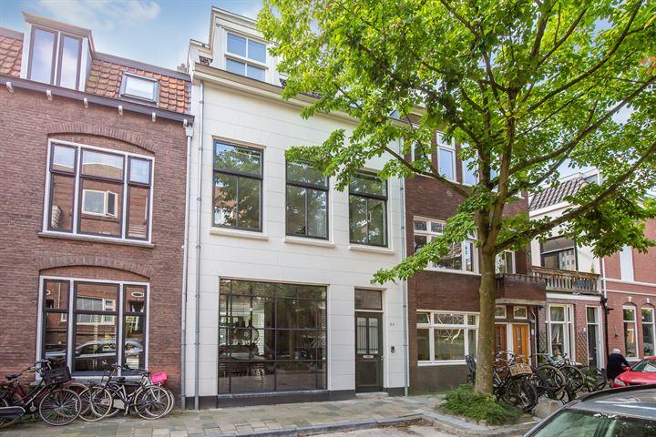 M.H. Trompstraat 44