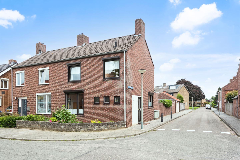 View photo 1 of Kerkenkampstraat 1