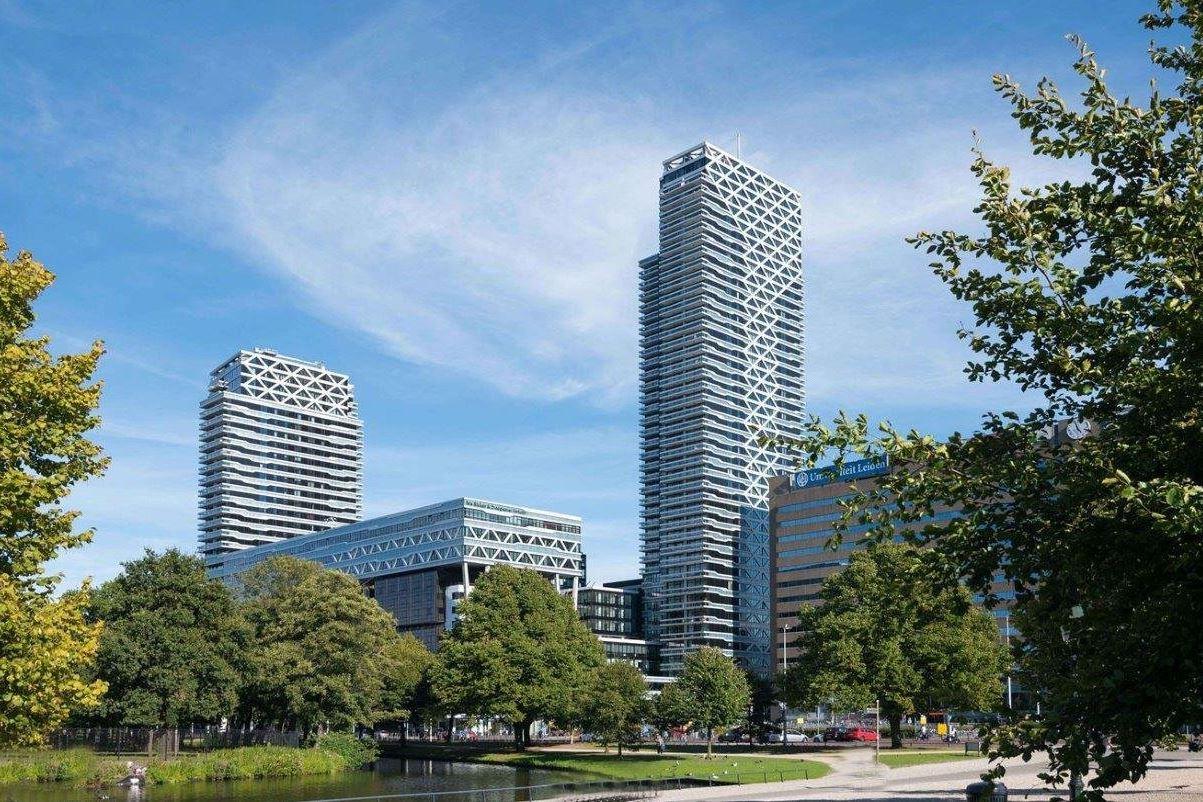Bekijk foto 1 van Anna van Buerenplein 212