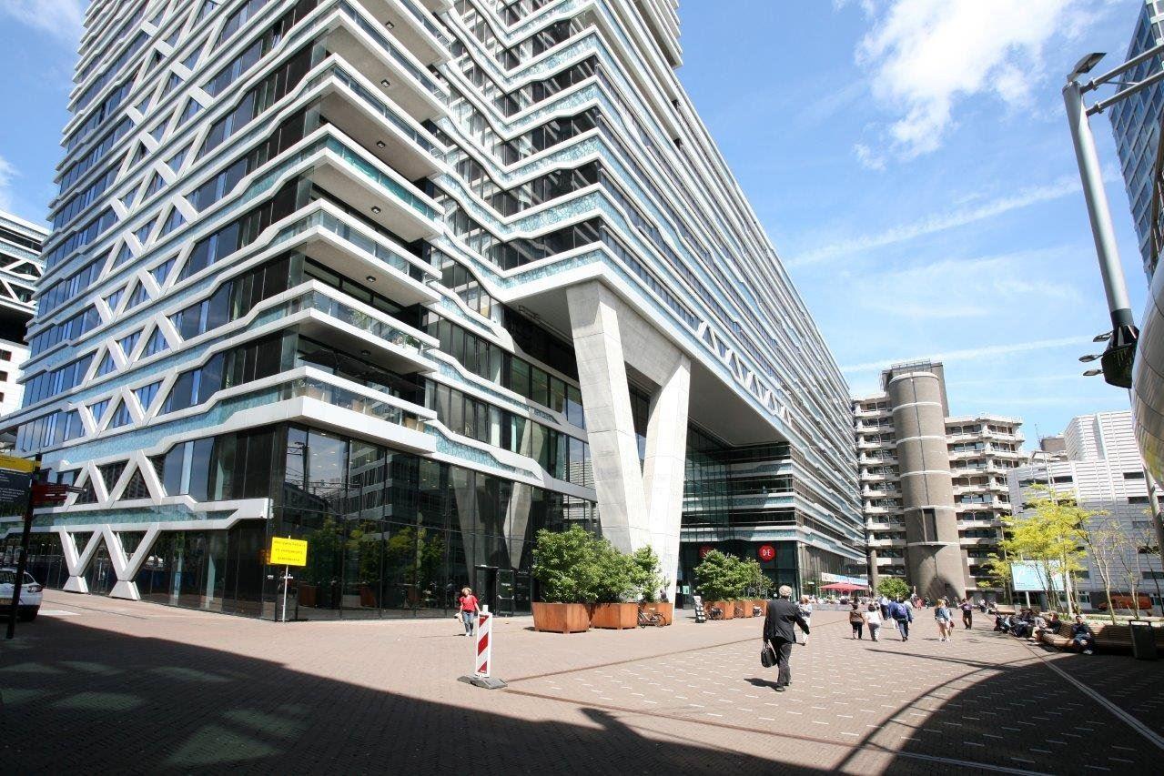 Bekijk foto 2 van Anna van Buerenplein 212