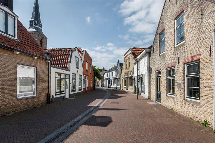 Dorpsstraat 15