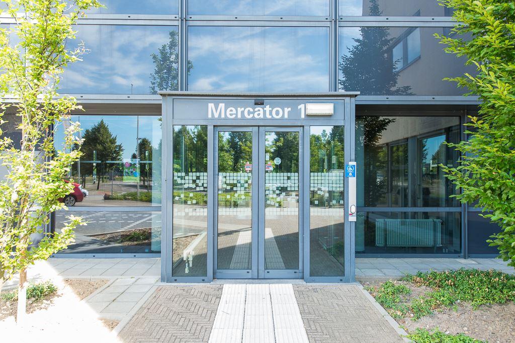 Bekijk foto 2 van Mercator 1