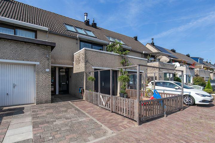 Dorpsstraat 75