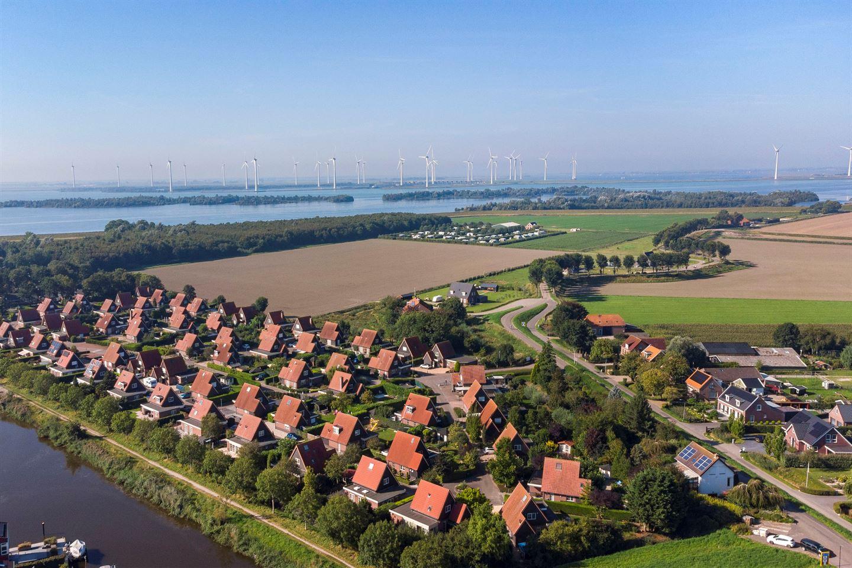 Bekijk foto 3 van Zuiddijk 61 A 138