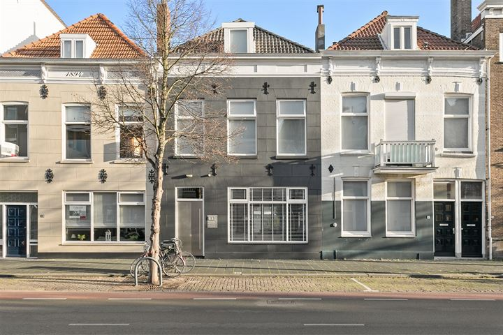 Badhuisstraat 82