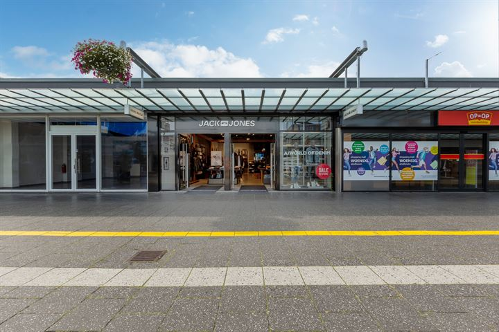 Winkelcentrum Woensel 90, Eindhoven