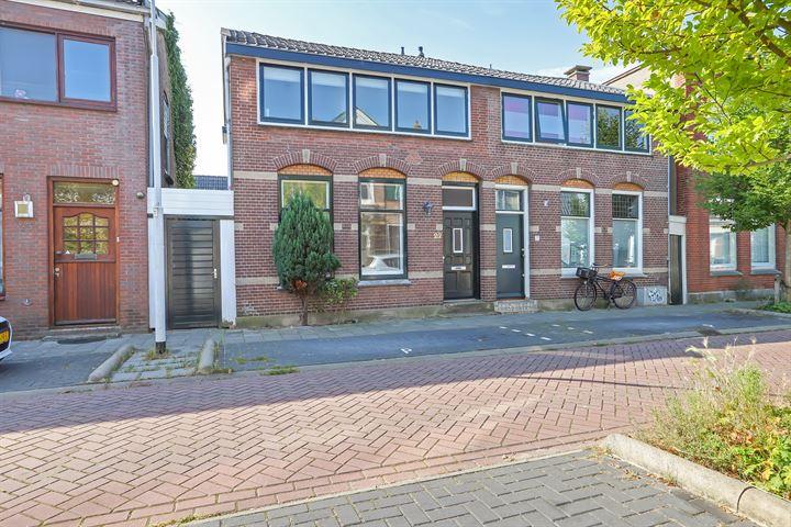 Oranjestraat 27