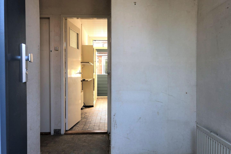 Bekijk foto 3 van Jacob Roggeveenstraat 40