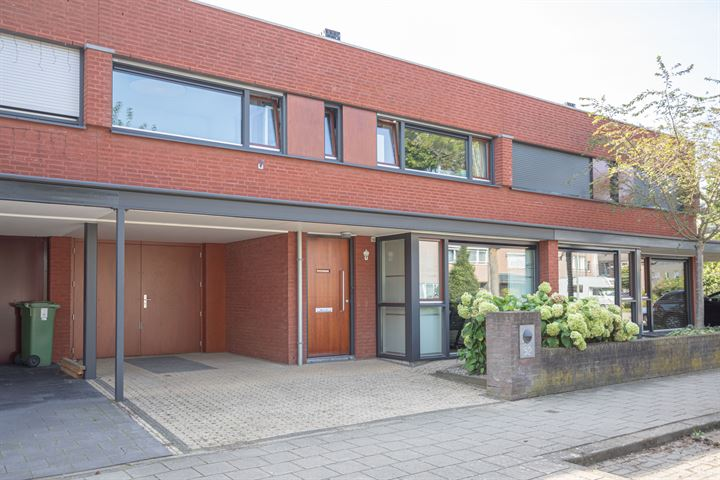 Koning Zwentiboldstraat 52