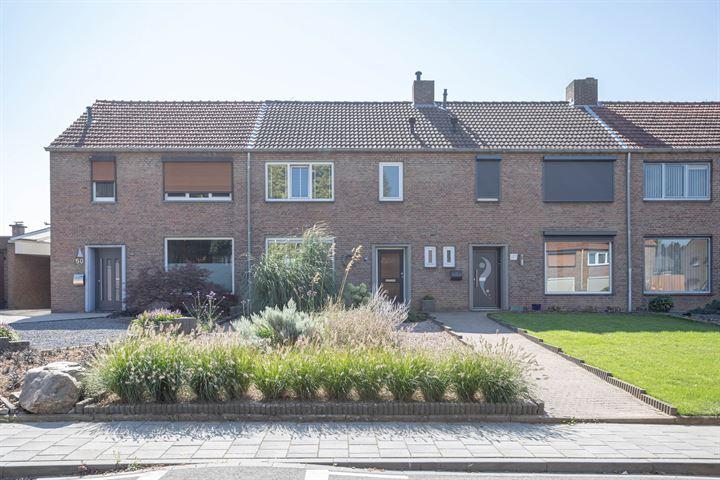 Burg van Mulkenstraat 48