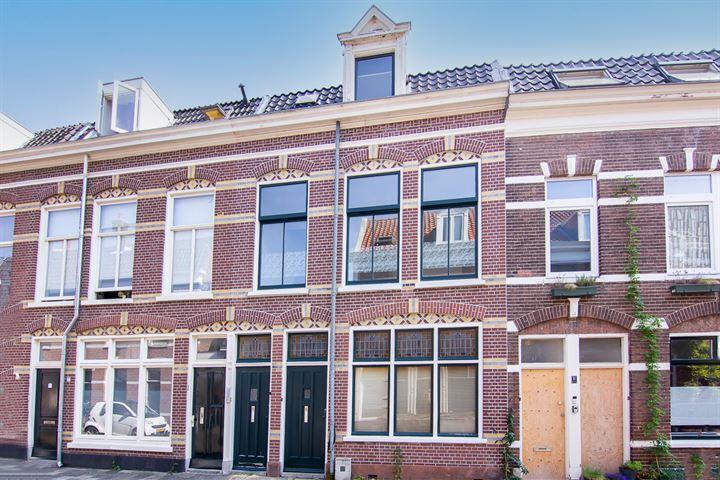Kamperstraat 9