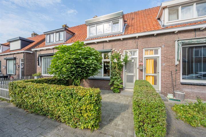 Prins Bernhardstraat 84