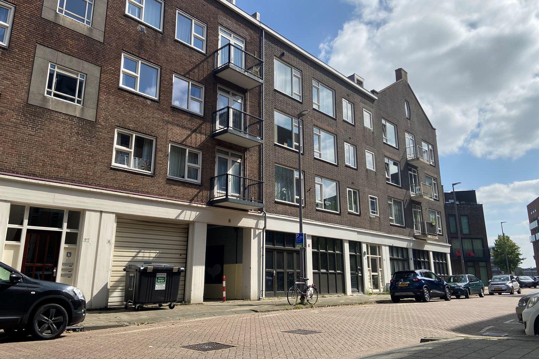Bekijk foto 1 van De Ruyterstraat 10 B