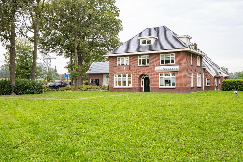 Bekijk foto 2 van Bruggertstraat 350