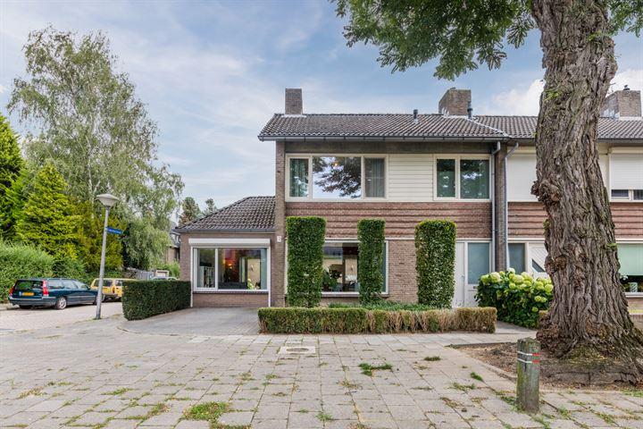Pieter Zeemanstraat 63