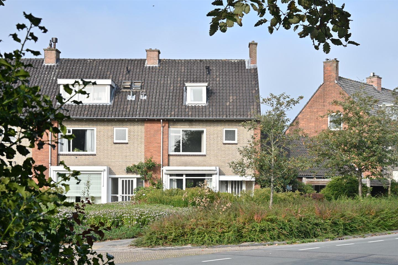 Bekijk foto 2 van Rozenplein 9