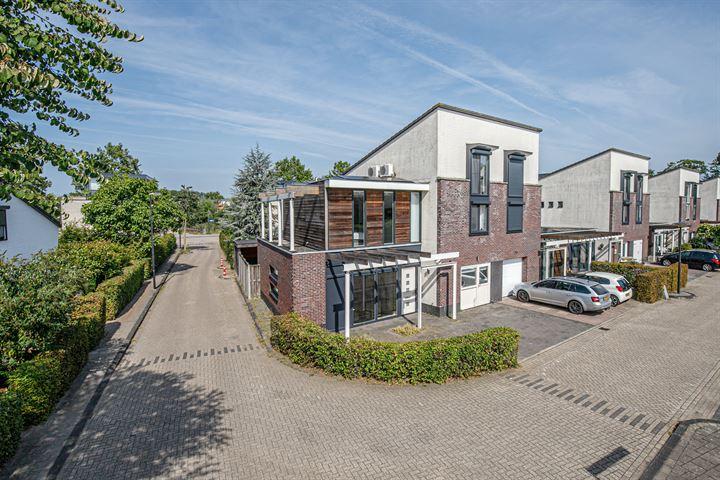 Dirk Schäferstraat 1