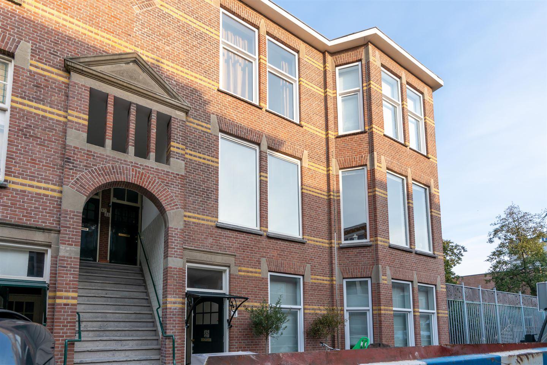 Bekijk foto 2 van Bentinckstraat 13 .