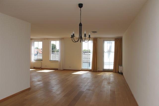 Bekijk foto 3 van Van Hogendorpstraat 89