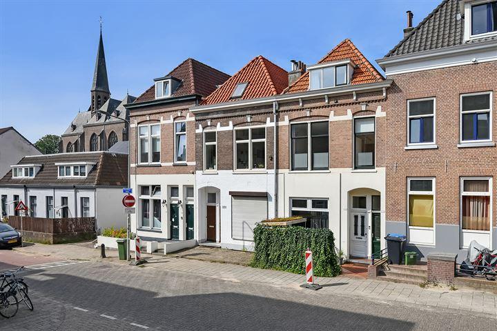 Rosendaalsestraat 335