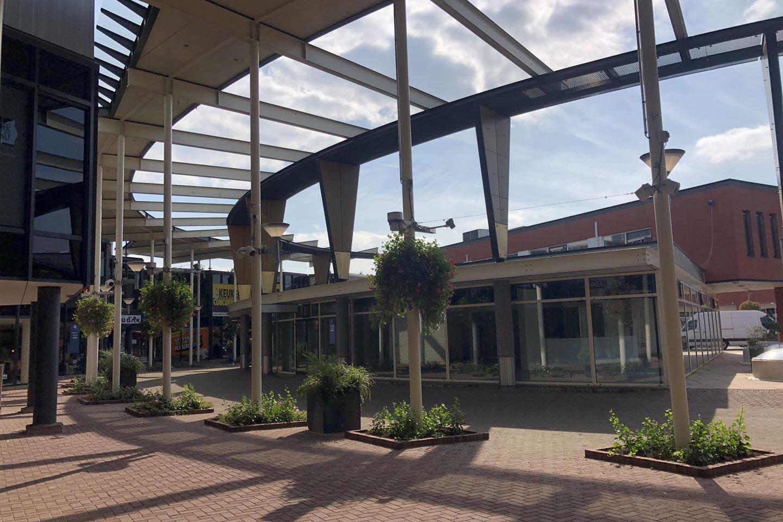View photo 3 of Meubelplein 12