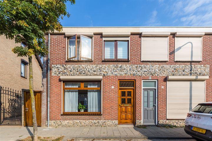 Van Hogendorpstraat 25