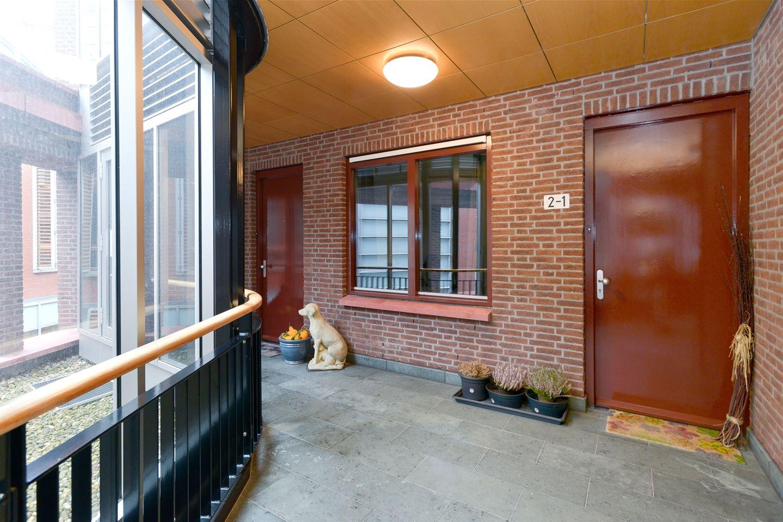Bekijk foto 2 van Walstraat 2 1