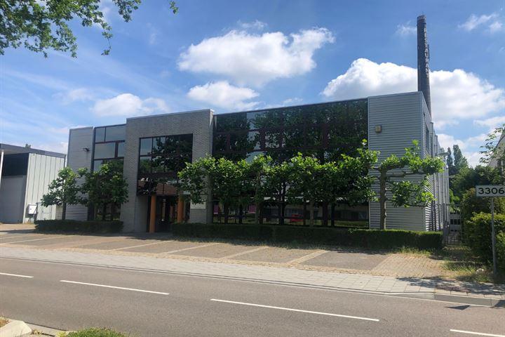 Steenovenweg 15, Helmond