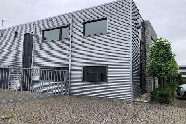 Bekijk foto 2 van Steenovenweg 15