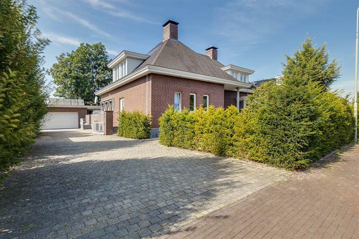 Gouverneur Houbenstraat 51