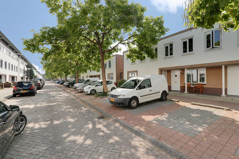 Bekijk foto 1 van Lokerenstraat 12