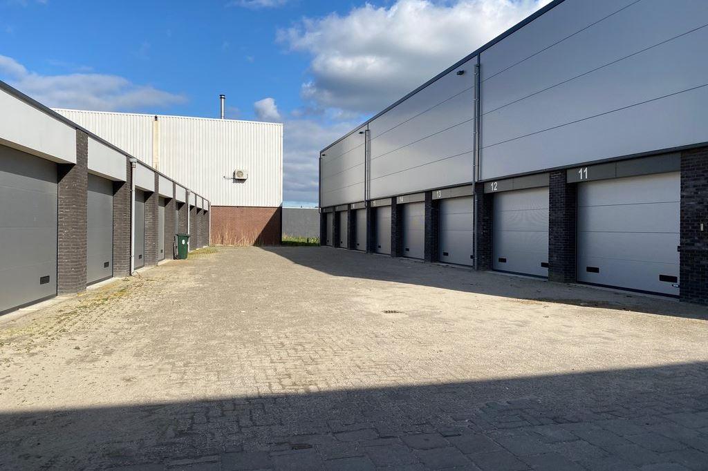 Bekijk foto 1 van Delftweg 106 -18