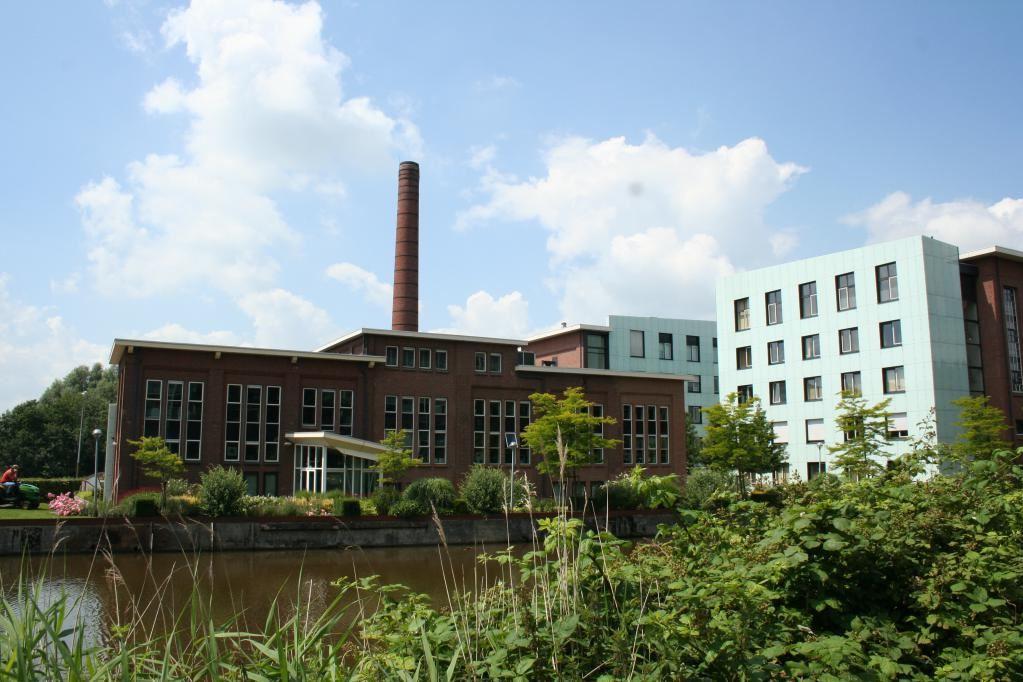 Bekijk foto 1 van Friesestraatweg 211 -219